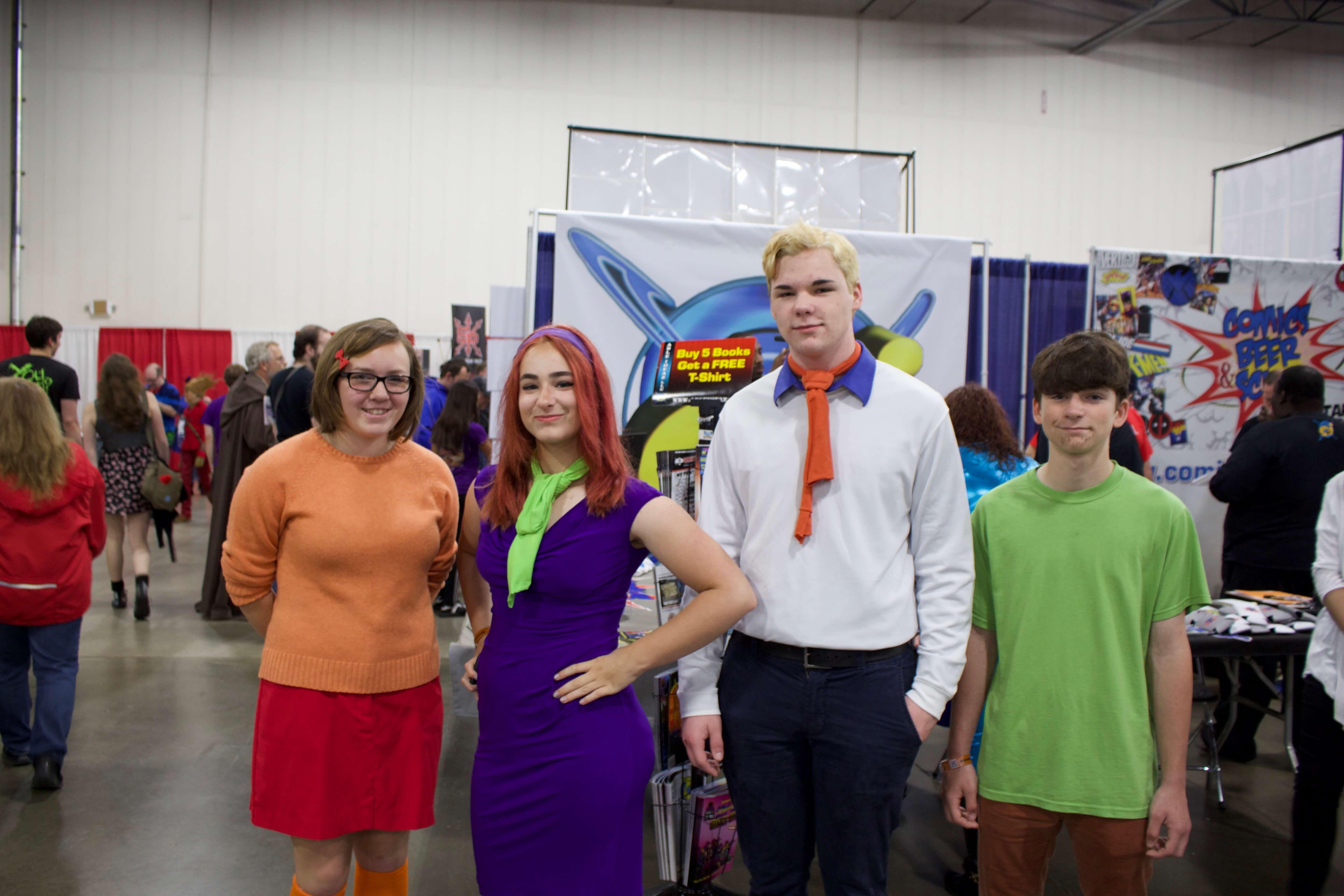 Velma, Daphne, Fred, Shaggy