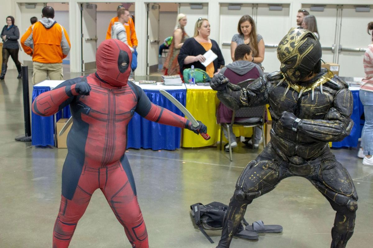 Deadpool-And-Killmonger