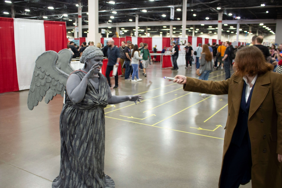 Weeping-Angel-And-Ten